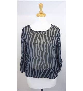 Fransa size small black and grey sheer top. Fransa - Size: S - Black