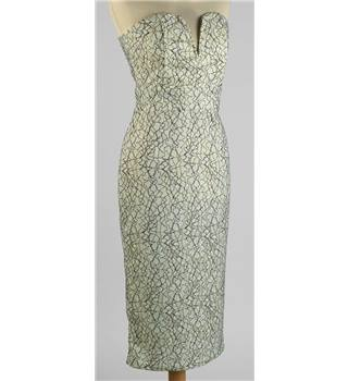 BNWT TFNC London for Topshop size M mint green floral lace dress. Topshop - Size: M - Green