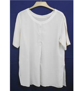 M&S cream long silk blouse Size 12 M&S Marks & Spencer - Size: 12 - Cream / ivory
