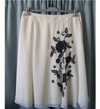 Together - Size: 14 - Cream / ivory - Knee length skirt