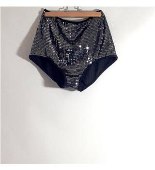 Topshop - Size 10 - Womens Sequined Shorts Topshop - Size: 10 - Black