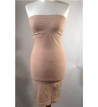 Brand new - Nearly Nude - body shaping 'Boob tube dress'  - Nude - size S/M Nearly Nude - Size: S - Beige