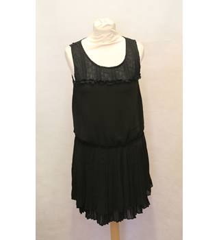 Sweete - Size: M - Black - Sleeveless top