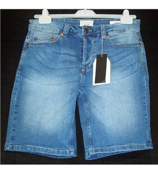 BNWT Only and Sons - ASOS Size Medium Prefaded mid blue slim fit denim Shorts