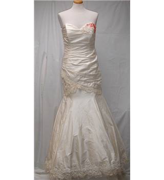 Cocoa Cheltenham size S Cream with Embellishments inc Red Floral (with Bolero, Veil, Tiara and Groom's Cravat) Wedding Dress