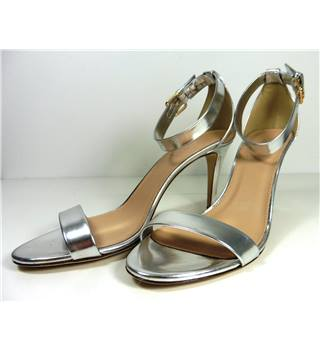 J Crew Size 8 Silver Leather Stiletto Shoes