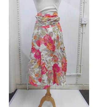 WOMENS size 12 WAREHOUSE cream, pink, orange floral print skirt Warehouse - Size: 12 - Multi-coloured - Patterned skirt