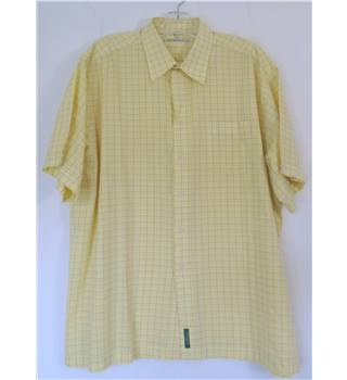 Ben Sherman Size XXL Short Sleeve Shirt