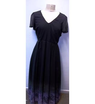 BNWT- Spin Doctor- Size: 10- Black/Purple  - Emo Goth -  Full length dress