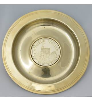 Metal souvenir dish with Windsor Castle 1978 medallion. not known.