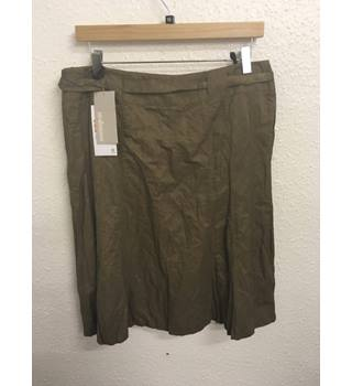 BNWT Steilmann -  Dark beige fit and flare knee length lined skirt - Size 16