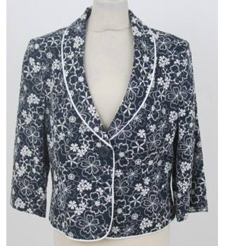 Alex and Co size: 16 blue and white floral jacket