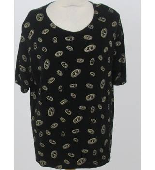 Saloos size: XL black glitter top