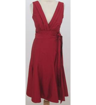 Stills - Size: 6 - Red sleeveless V necked dress