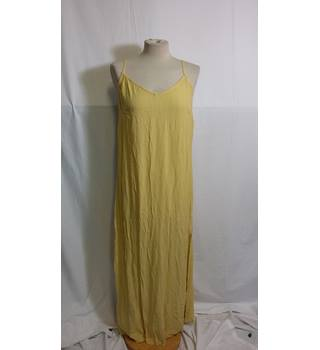Women's maxi dress size 14 by Marks and Spencer M&S Marks & Spencer - Size: 14 - Yellow