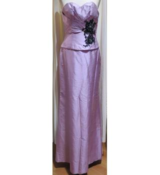 Stunning Lilac Designer Off the Shoulder Bridesmaid Dress Donna Lee - Size: 8 - Pink - Dress /  gown