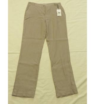 BNWT - Punt Roma - Size 14 - Beige - Trousers