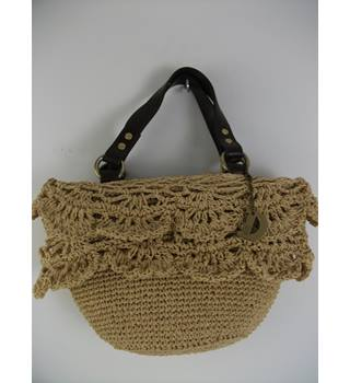 Dents Straw Handbag
