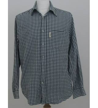 "Rydale size: collar: 15 1/2"" green/white long sleeved shirt"