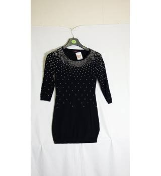 Women's black beaded jumper size M by Motel Motel - Size: M - Black