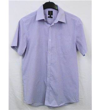 "Taylor & Wright Size 15.5"" Mauve Chequered Short Sleeved Shirt"