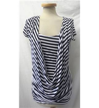 BNWT New Look - Size: 10 - Black & White stripes - Wraparound top