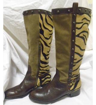 Really wild clothing co boots size 8 Really Wild clothing co - Size: 8 - Multi-coloured - Boots