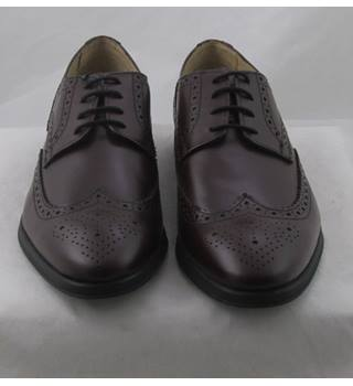NWOT M&S Collection, size 6 burgundy leather brogues