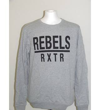 50% OFF SALE RXTR Rebels Men's Pullover Sweatshirt Size L BNWT in Grey Colour