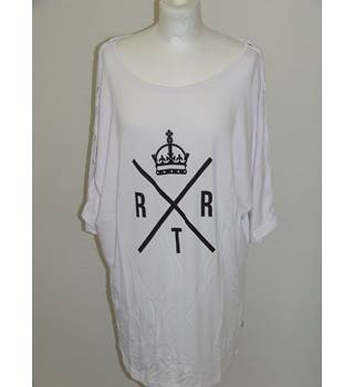 50% OFF SALE RXTR BNWT Ladies T-Shirt in White with Button Arms Size Large RXTR - Size: L - White - T-Shirt