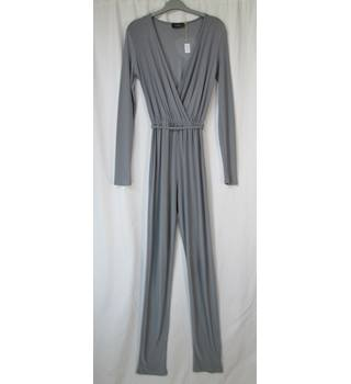 Gray woman's night gown Clubl - Size: 8 - Grey