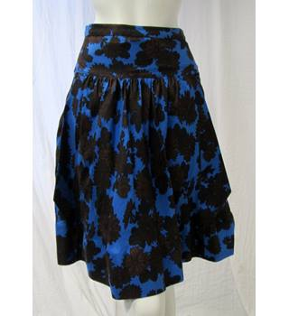 Marc Jacobs Silk Floral Skirt Size S Marc Jacobs - Size: S - Blue