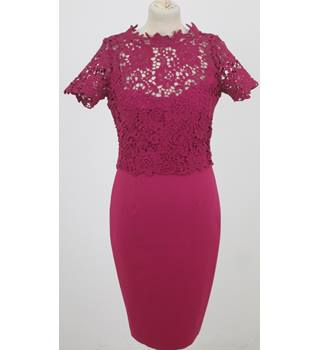 BNWT Paper Dolls - Size: 8 - Cerise dress with lace overlay