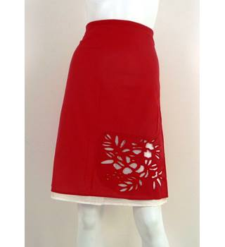 ROXY  Red Knee-Length Skirt Size 4 / Waistband Measures 40""