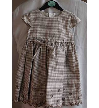 Patachou check dress for 2 years old. Patachou - Size: 2 - 3 Years - Brown