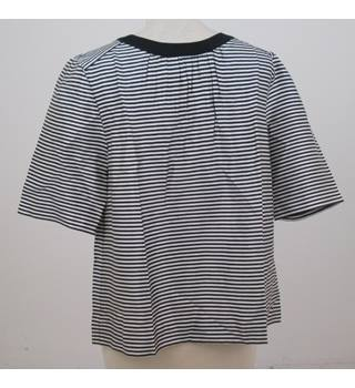 NWOT Land's End size: 14 white and navy striped top