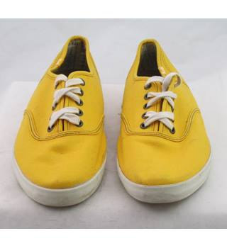 Keds, size 8 yellow canvas lave up plimsolls