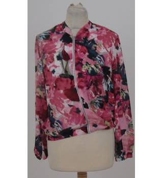 Atmosphere Size: 8 Pink and Blue flower pattern Jacket