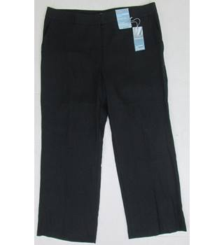 NWOT M&S Marks & Spencer Size 16S Black Trousers