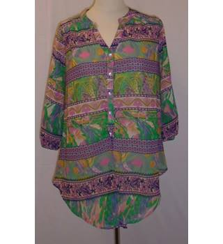Lottie Love - Size: 10 -Pink & Green Tropical Print Top