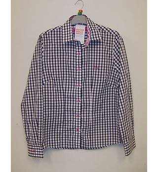 Thomas & Co Salisbury - Size: 10 - Navy & White Check with Pink Long sleeved shirt
