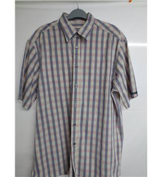 Paul Smith Size L blue, pink and white chequered short sleeved shirt