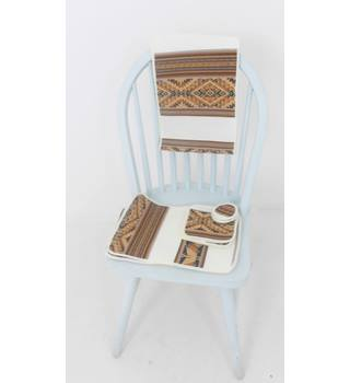 Aztec Woven Brown & Cream Table Set