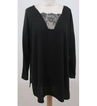 BNWT Boohoo - Size: 12 - Black with lace detail T-Shirt