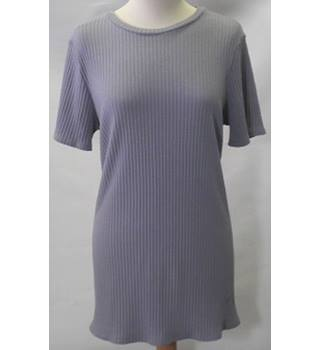 New Look ladies size: 18 grey t-shirt