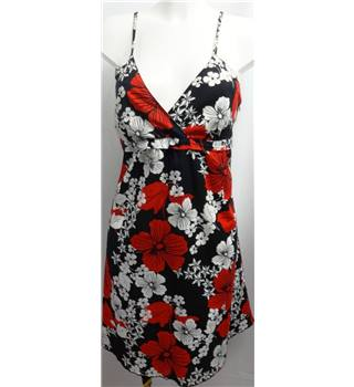 Roxy - Size: 14 - Black with White and Red Floral Dress