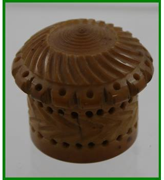 Vintage - Tagua nut  (vegetable ivory) - container