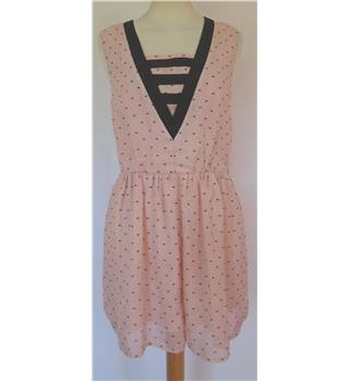 Dahlia Size S Pink with Black Hearts Pattern Shorts Dress