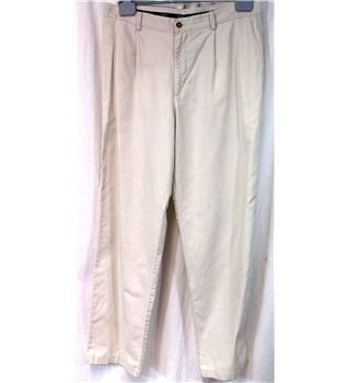 Debenhams Maine New England Size 36L White trousers