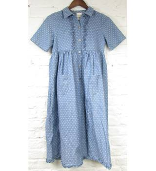 Laura Ashley Mother & Child - Size: 11 Years - Blue/White - 100% Cotton - Button Front Chambray Dress